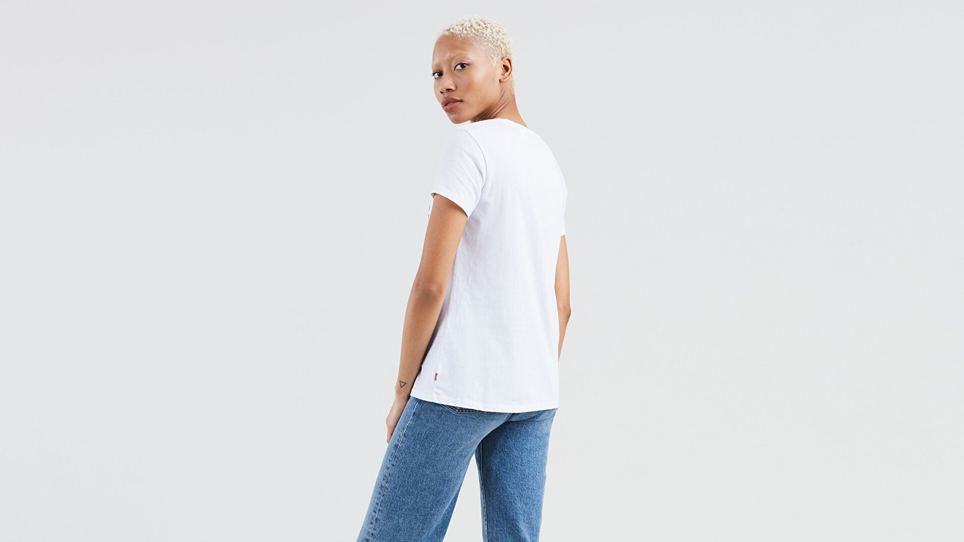 Perfect Graphic Tee Good Sportswear Beyaz Kadın Tişört