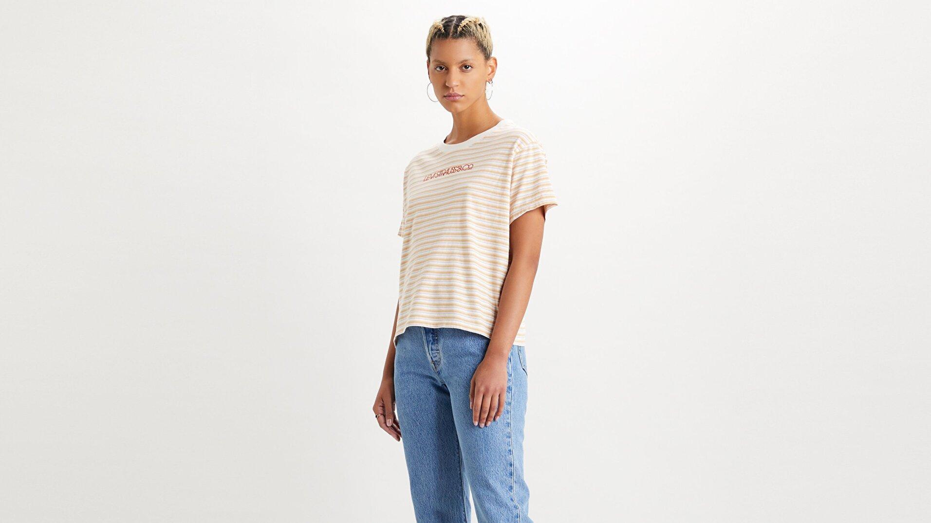 Graphic Varsity Tee Pearl Tofu Beyaz Kadın Tişört